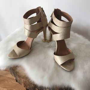 Dressbarn gladiator heels sz 7